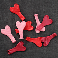 heart balloons for first valentine day